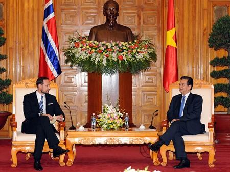 Vietnam - Norway strengthen cooperative ties