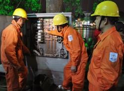 EVN yêu cầu các đơn vị đảm bảo điện dịp Tết Bính Thân