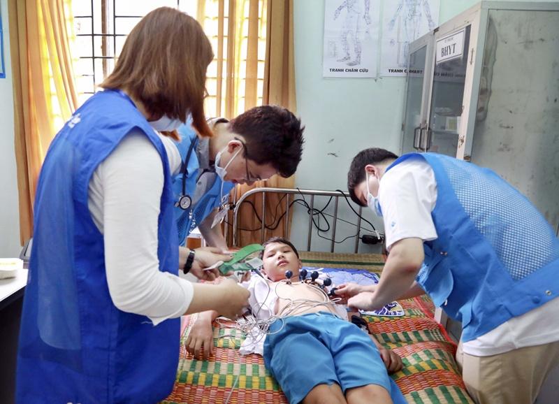 Doosan Vina khởi động chương trình từ thiện thường niên 3