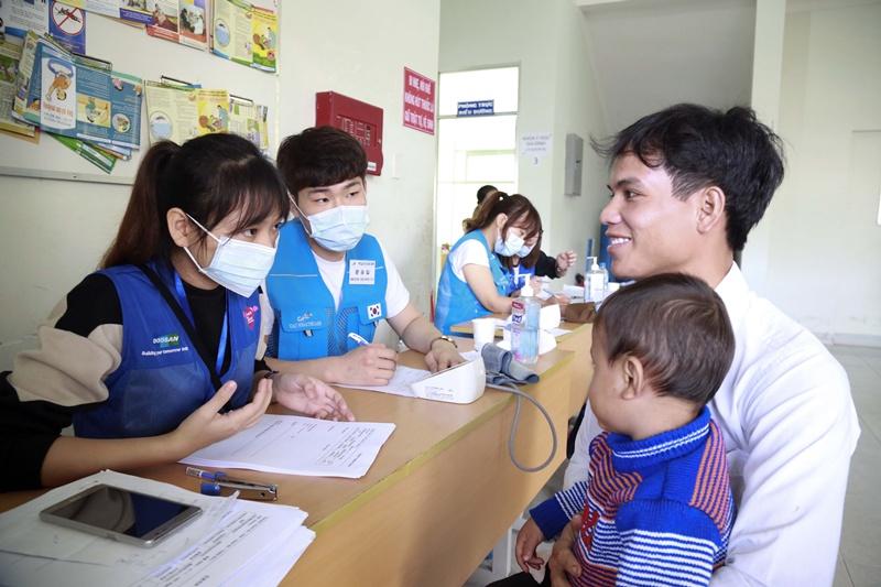 Doosan Vina khởi động chương trình từ thiện thường niên 2