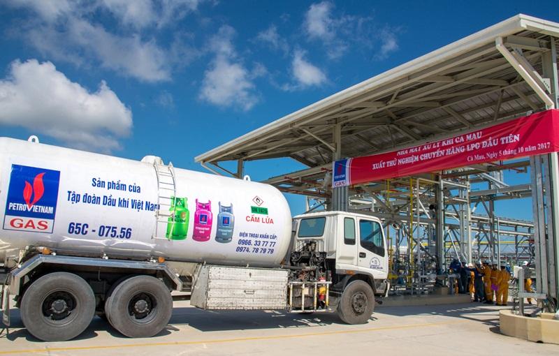 """PV Gas: Một năm vượt """"bão"""" thành công 1"""