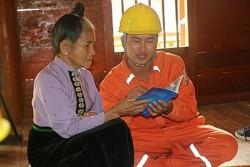 Điện lưới quốc gia bừng sáng bản vùng sâu tỉnh Sơn La