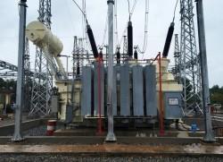 Hoàn thành công trình lắp máy 2 trạm biến áp 220 kV Đông Hà