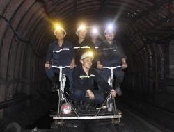 """""""Xe đạp"""" đi trong lò cho công nhân than Uông Bí"""