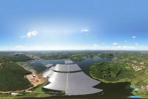 LONGi đảm bảo tiến độ cấp mô-đun cho cụm dự án điện mặt trời nổi của Việt Nam