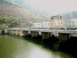 Chính phủ yêu cầu kiểm tra hệ thống van lật tại đập thủy điện Sông Côn 2