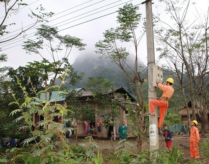 Công ty Điện lực Quảng Bình: Đường đến mùa xuân 1