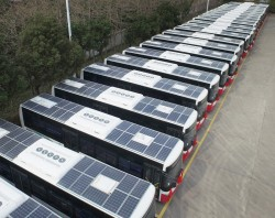 Hải Phòng thí điểm xe buýt chạy bằng năng lượng mặt trời