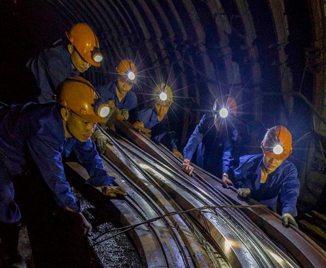 Xây lắp mỏ-TKV phấn đấu vượt chỉ tiêu mét đào lò năm 2019
