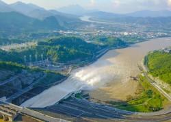 EVN tăng cường phát thủy điện, cấp nước đổ ải vụ Đông Xuân