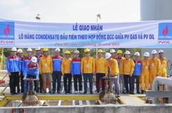 Giao nhận lô hàng Condensate đầu tiên giữa PV GAS và PV OIL