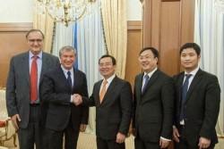 Tổng giám đốc PetroVietnam làm việc với các đối tác Nga