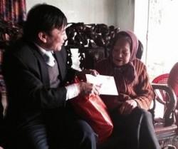 PC Sơn La chúc tết gia đình chính sách, người có công