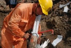 EVN HANOI khắc phục sự cố lưới điện do thời tiết