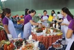 Truyền tải điện 2 tổ chức hội thi nữ công gia chánh