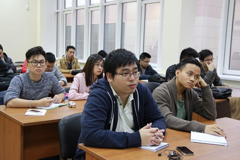 Sinh viên Việt Nam thực tập tại nhà máy điện hạt nhân thế hệ 3+ 2