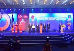 BIENDONG POC đón nhận Huân chương Lao động hạng Nhì