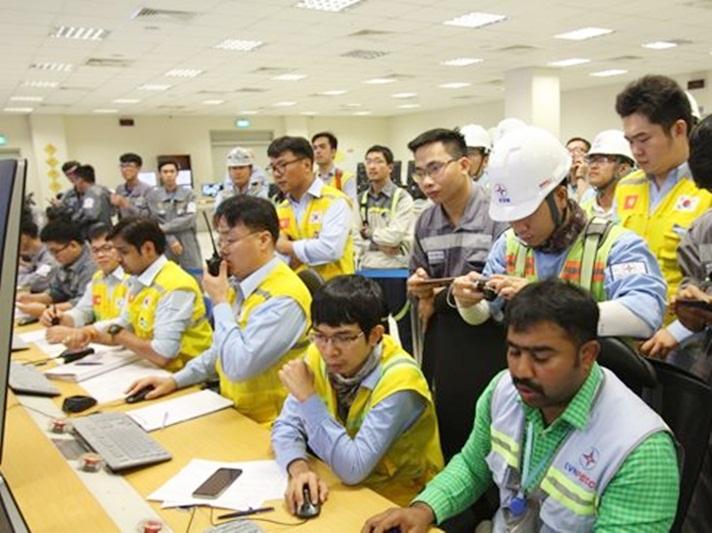 Đốt than lần đầu dự án Nhiệt điện Vĩnh Tân 4 mở rộng