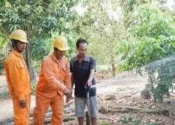 """Đổi thay từ điện lưới quốc gia: Ghi nhận ở """"ốc đảo"""" của Trà Vinh"""