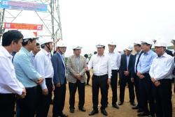 Phó Thủ tướng Trịnh Đình Dũng kiểm tra tiến độ ĐZ 500 kV mạch 3