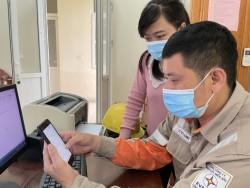 PC Hà Tĩnh trải nghiệm công cụ 'ước tính sản lượng điện tiêu thụ hàng tháng'