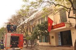 Công ty Điện lực Hoàn Kiếm diễn tập phòng cháy chữa cháy