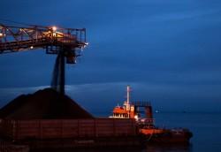 Kho vận và cảng Cẩm Phả tiêu thụ 7 triệu tấn than trong quý I