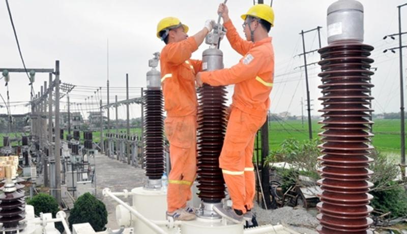 Lưới điện Hà Tĩnh: Qua thiên tai, đến mùa nắng nóng 2