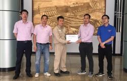 Đoàn Thanh niên EVNNLDC trao quà từ thiện tại Sơn La