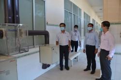 EVNGENCO 3 tặng phòng cách ly áp lực âm cho tỉnh Bình Thuận