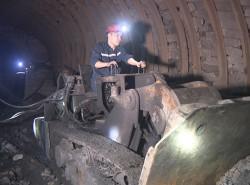 Chuyện vượt khó của thợ mỏ Mông Dương