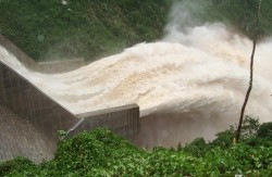 Thống nhất kế hoạch điều tiết nước các hồ thủy điện ở nam Trung Bộ