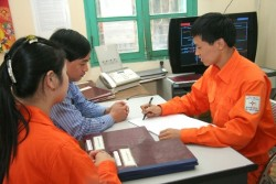EVN NPC nâng cao chất lượng dịch vụ khách hàng