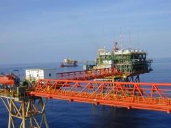 Ngành dầu khí duy trì mức tăng trưởng ổn định