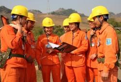 Cấp điện lưới quốc gia cho các dân tộc tỉnh Sơn La