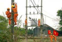 Cấp điện lưới cho các thôn ở Bắc Trà My và Nam Trà My
