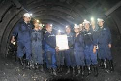 Công đoàn TKV tặng qùa thợ lò mỏ Hầm lò II