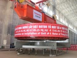 Hạ thành công rotor cuối cùng của Thủy điện Trung Sơn
