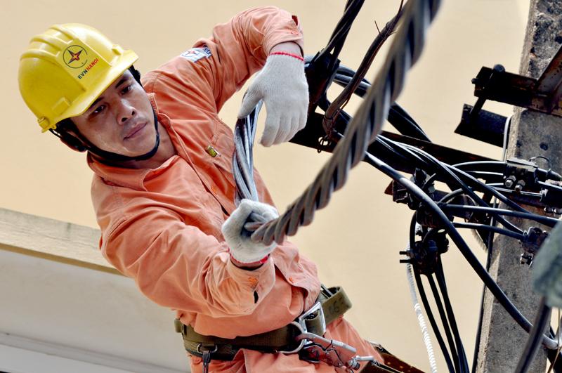 Đẩy nhanh tiến độ các dự án điện chống quá tải Thủ đô 2