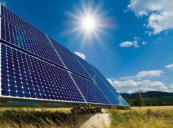 Đảo Bé được bổ sung nguồn điện năng lượng Mặt trời