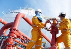 Ngành Dầu khí Việt Nam giữ vững nhịp độ sản xuất