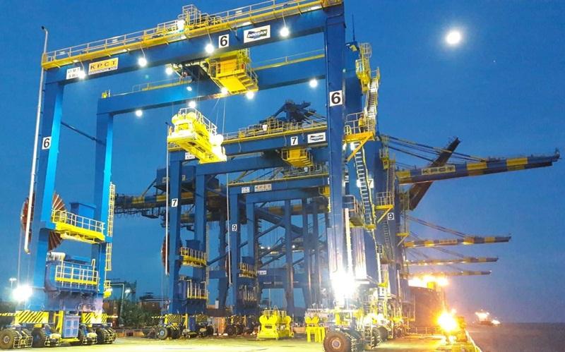 Five Rubber Tired Gantry Cranes of Doosan Vina arrive at the Krishnapatnam Port in India