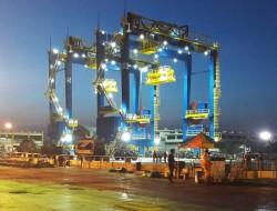 5 cẩu trục bánh lốp của Doosan Vina đã cập cảng Ấn Độ