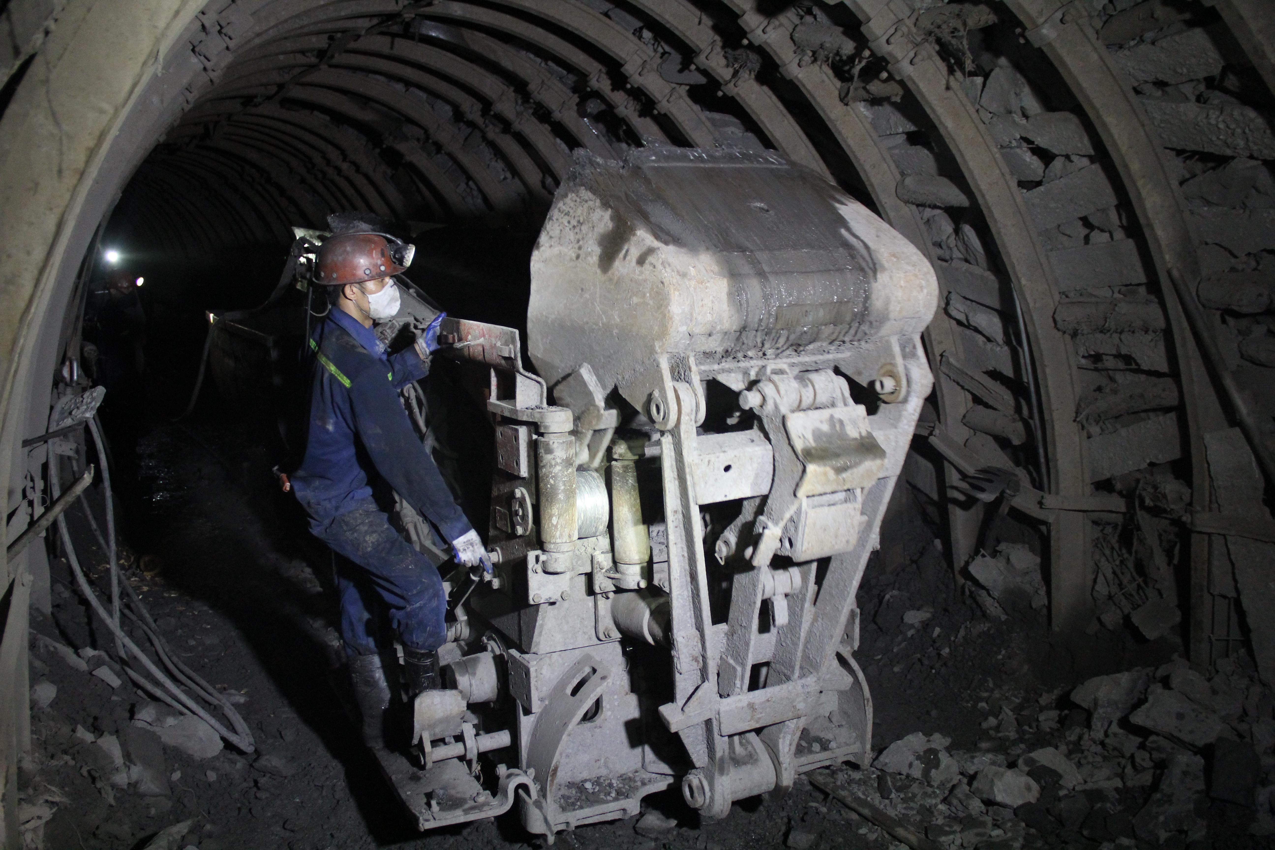Tổ đào lò đá đạt năng suất dẫn đầu của Than Dương Huy