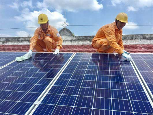 EVN will provide maximum support for rooftop solar investors