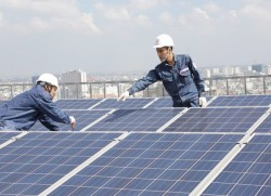 Nhiều ưu đãi khi lắp điện mặt trời trên mái nhà ở TP. Hồ Chí Minh