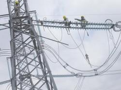 Thủ tướng yêu cầu đảm bảo tiến độ xây dựng các công trình đường dây 500kV