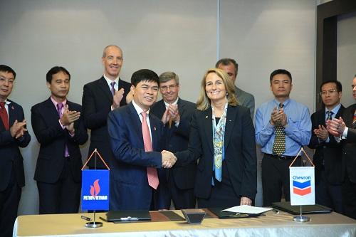 Petrovietnam tiếp nhận 100% cổ phần các công ty và quyền điều hành của Chevron tại Việt Nam