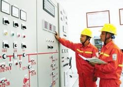 Thủ tướng chỉ đạo không tăng giá điện trong năm 2016