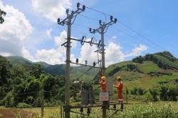 Thêm 5.300 hộ dân ở Sơn La được cấp điện lưới quốc gia